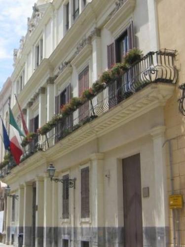 Palazzo_Riccio_di_Morana