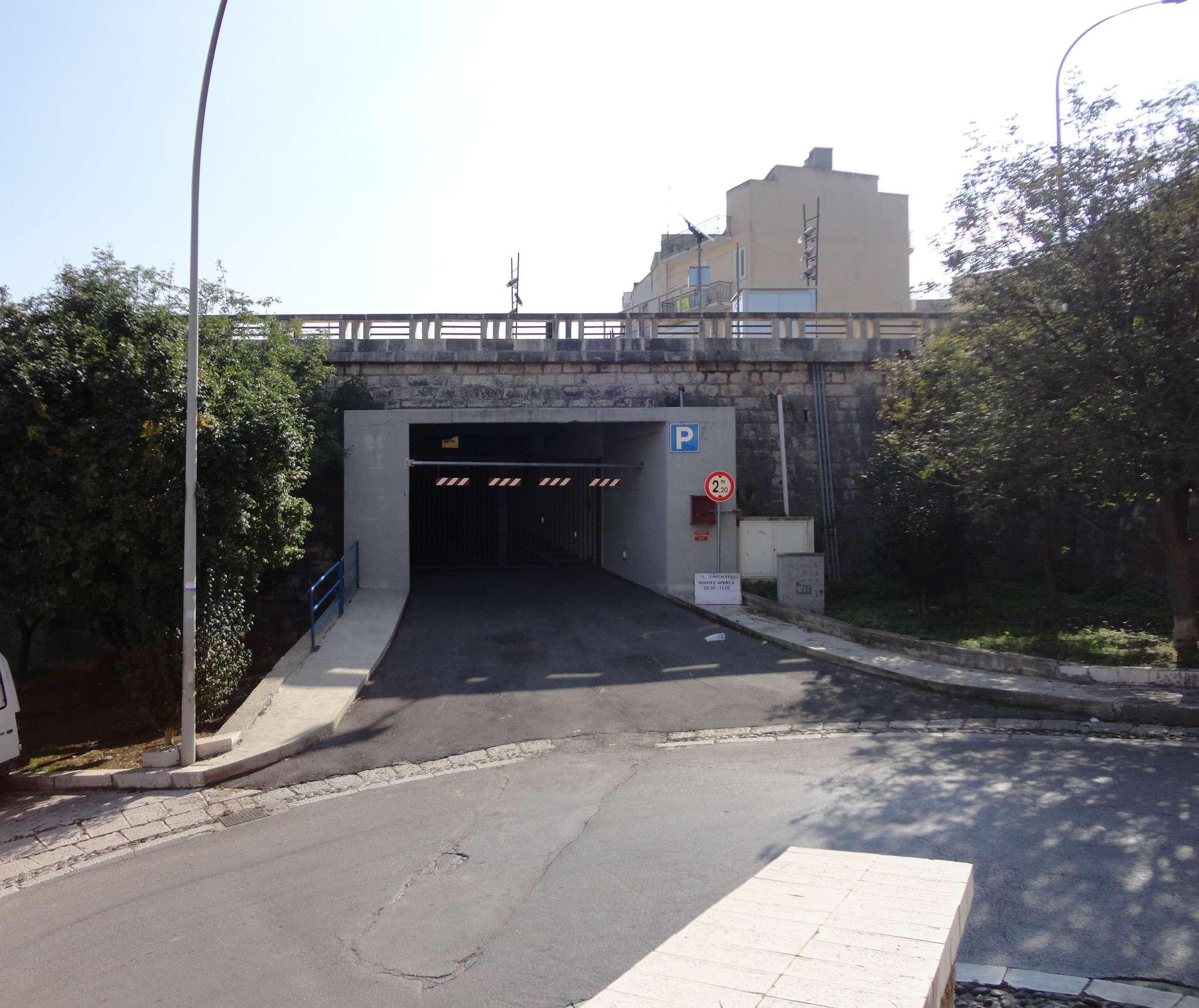Prolungato l 39 orario del parcheggio sotterraneo alqamah - Parcheggio interrato ...