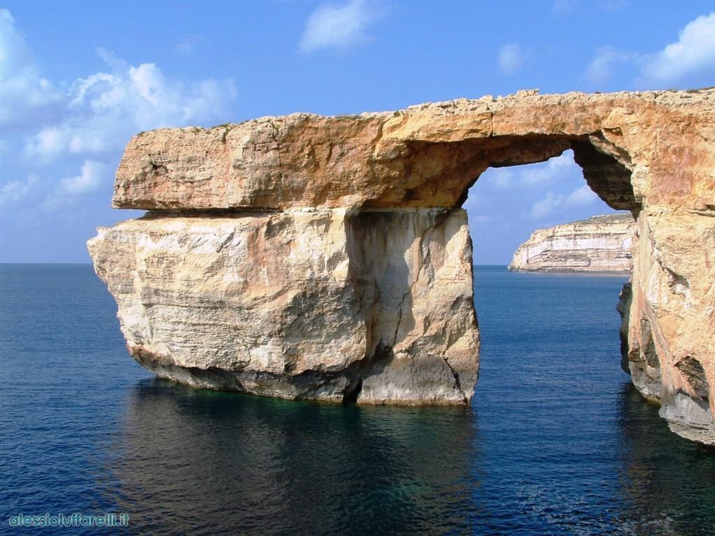 Summer school sull 39 isola di gozo alqamah - La finestra azzurra gozo ...