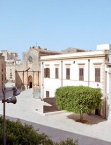 Piazza Castelvetrano