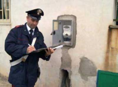 Carabinieri furto energia