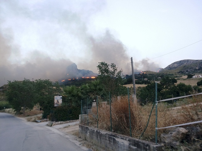 Incendio Scopello 2