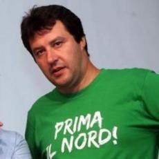c9872d9b35_Salvini