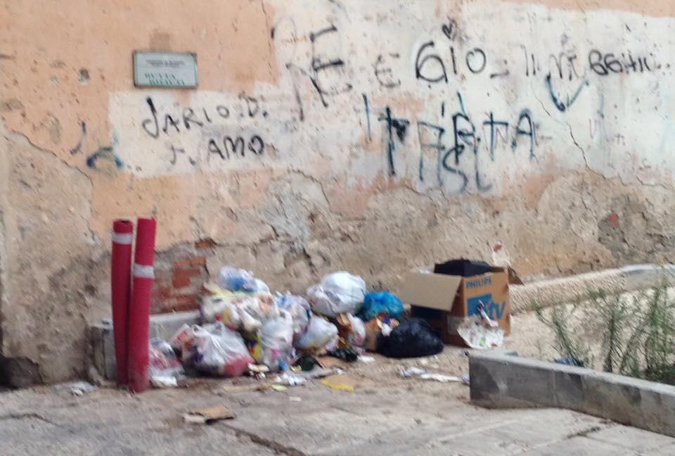 Piazza Mercato (2)