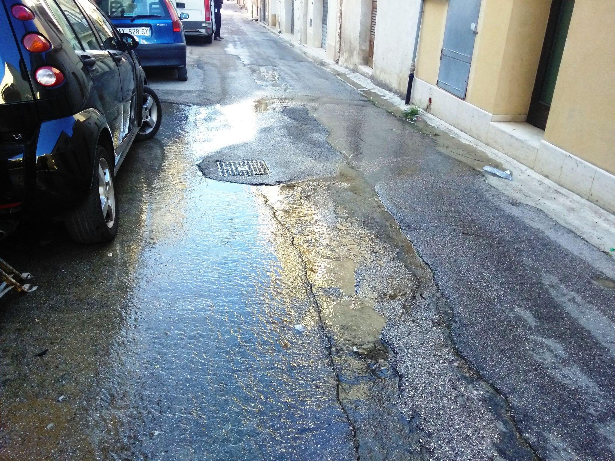 Perdita acqua Via Ferrantelli (2)
