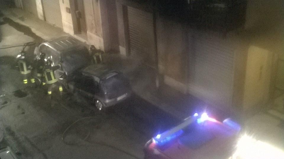 autovettura trapani fuoco