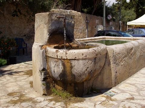 Castellammare partono i lavori di restauro degli antichi for Fontane antiche