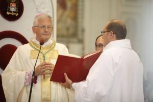 vescovo decreto