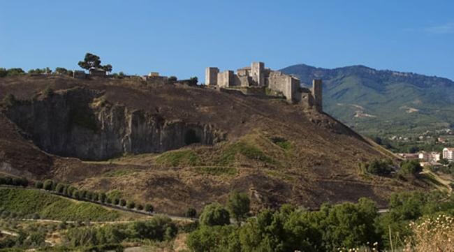 castello melfi federico trazzere