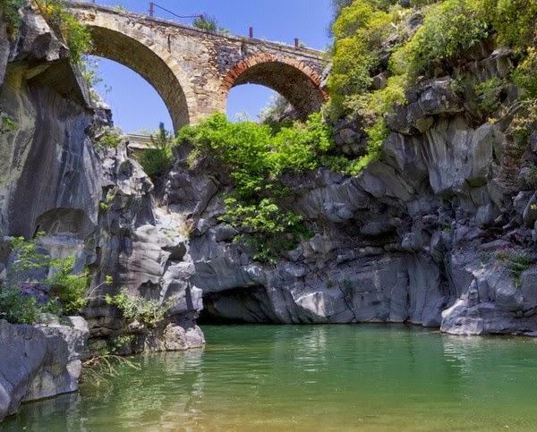 Ponte della Cantera- Valle del Simeto-Terre di Paternò