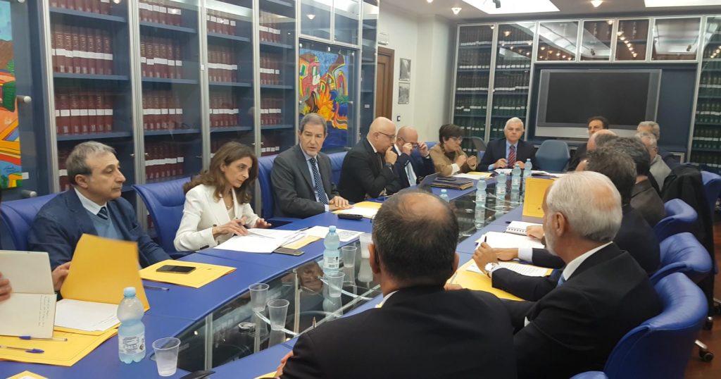 Primo passo per le zone economiche speciali alqamah for Indipendenza del piano di cabina del mare